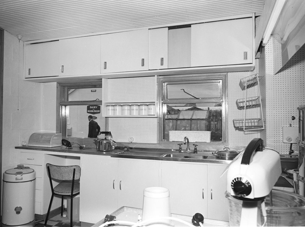 Rds Model Home Kitchen 7 May 1960 Esb Archives
