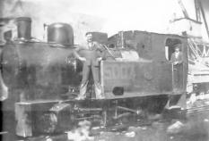Jack Feeny standing proudly on engine 5007